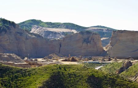 sand quarry: rock quarry: mining sand, gravel and rock from mountain side