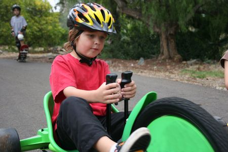 elbow pads: Racing Turn