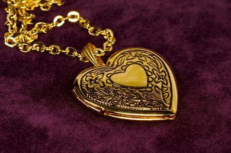 medaglione: Cuore d'oro forma medaglione