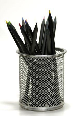 연필 홀더에 컬러 연필의 사진 스톡 콘텐츠