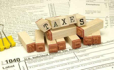 Temas relacionados con los impuestos y Rubberstamps - concepto de impuestos  Foto de archivo - 805539