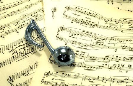 Foto de partitura musical con nota - partitura de fondo  Foto de archivo - 1976514