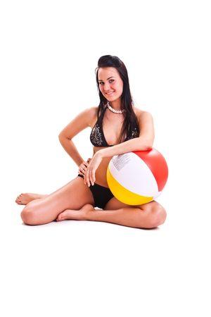 beach ball girl: conjunto de foto aislado de la mujer en trajes de ba�o