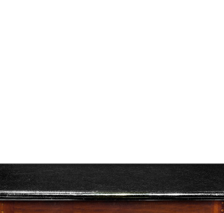 te negro: Vaciar mesa de m�rmol negro arriba aislado en el fondo blanco, dejar espacio para la colocaci�n usted fondo, plantilla maqueta para la exhibici�n de productos.