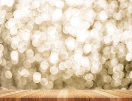 Leere Perspektive Raum mit funkelnden Bokeh Mauer und Holzdielenboden, Template Mock-up für die Anzeige Ihres Produktes. Standard-Bild - 48440182