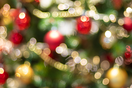 Abstract blur decoration ball and light string on christmas tree with bokeh light background.winter holiday seasonal Standard-Bild - 113793792