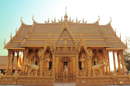ism: Gold Temple in Thailand