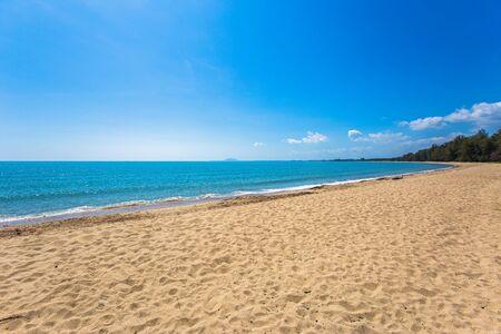 Sea wave foam on Karon beach Phuket Thailand. Exotic paradise of Thailand beach Asia. Peaceful ocean wave at beach. Perfect resort for relax. Ocean wave. Sea waves on beach Фото со стока