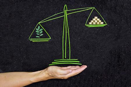 csr: �rbol y dinero para equilibrar las escalas en el fondo del suelo csr �tica corporativa de negocios la responsabilidad social