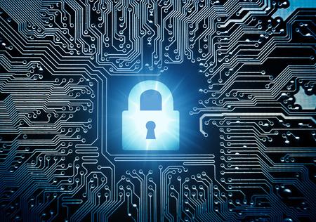 ladron: símbolo de un candado de seguridad en la tarjeta de circuitos de ordenador