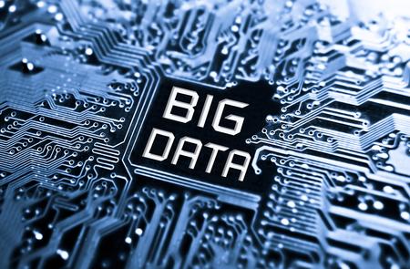 the big: Concepto de datos de placa de circuito con la palabra Big Data