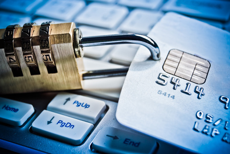 security lock on credit cards with computer keyboard 版權商用圖片 - 32828677