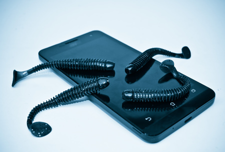 backdoor: Smartphone security breach due to worms