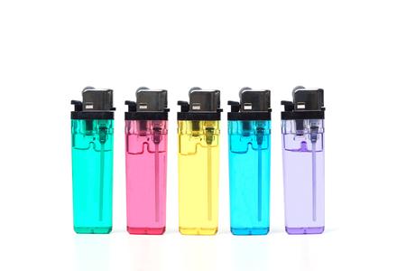 encendedores: encendedores de colores aislados