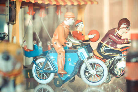 old metal: old classic tin motorcycle toys