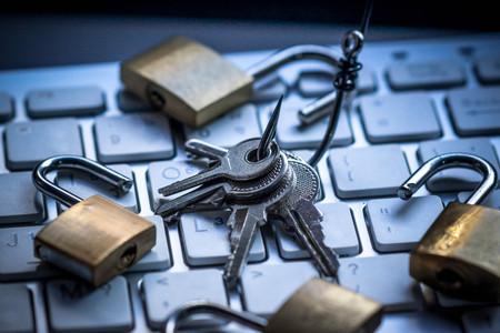 phishing: Phishing attack computer system Stock Photo