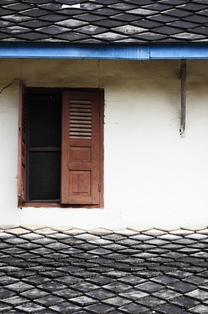 Ancient House in Laos Stock Photo - 6964373