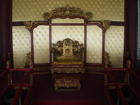 문 및 조각의 세부 사항 가진 베이징에서 유명한 공자 사원. 베이징시, 중국에서에서 라스베가스. 2017 년 10 월 21 일.