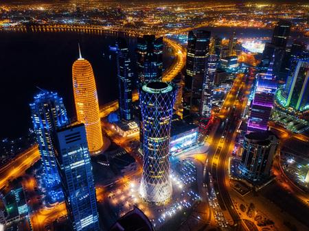 Doha Skyline at Night, Qatar taken in 2015 스톡 콘텐츠