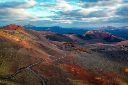 Volcanos in Timanfaya National Park on Lanzarote, Spain, post processed in HDR 免版税图像 - 145575522