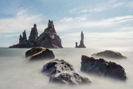 Reynisdrangar in Southern Iceland taken in August 2020, post processed using exposure bracketing 免版税图像
