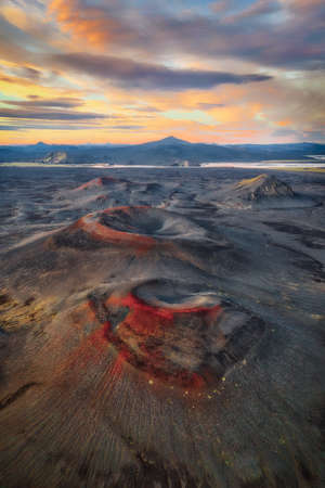 Volcano Craters in the Icelandic Highlands taken in August 2020, post processed using exposure bracketing 免版税图像