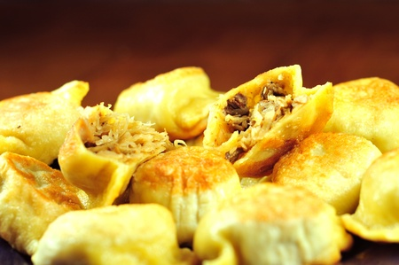 regional: Chucrut y setas Pierogi polaco. Comida Regional polaco