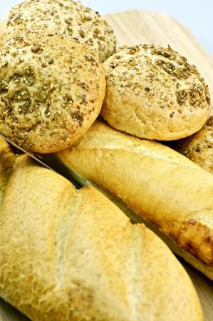 Vers brood - Groep van vele verschillende soorten brood - Studio Tafelblad Photo. Eten foto collectie. Stockfoto