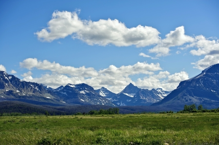 Montanas Rocky Mountains. Mountains Range Landscape. Montana, USA. Nature Photo Collection.