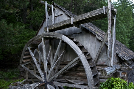 powerhouse: Old Wooden Powerhouse in Washington State, USA. Historical Place Stock Photo
