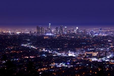 Los Angeles Night Skyline Aerial Photography. Los Angeles, Kalifornien. California Photo Collection Standard-Bild
