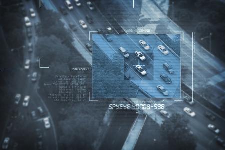 hacking: Spy Satellite Digital Uccello Eye View - Cerca un'auto Sospetto in Pomeriggio Commute. Digital Spy Targeting tema. Sistemi di sorveglianza. Archivio Fotografico