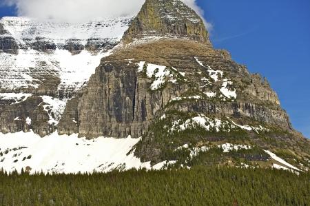 turism: Snowy Peak - Montana Rocky Mountains Scenery. Montana Photo Collection.