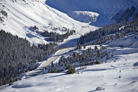 colorado landscape: Mountain Winter Landscape. High Mountains Valley Covered by Snow. Colorado Landscape.