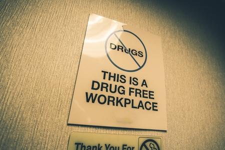 drogadiccion: Entrar Drogas Oficina de Trabajo Libre. Drogas prohibidas.