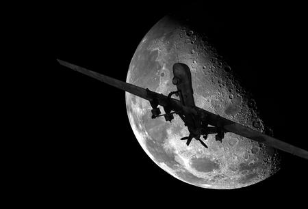 夜に軍の無人機飛行。大きなムーンとドローン。