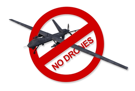 drones: Red No Drones segno isolato su bianco. No Per Campaign attacchi militari Drone.