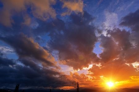 colorado rocky mountains: Sunset Cloudscape Backdrop. Sunset in Colorado Rocky Mountains.