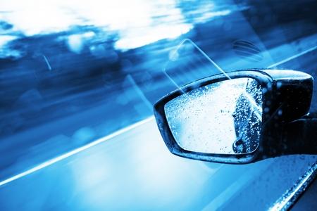 Driving Concept - Blue Color Grading. Modern Car Side Mirror. 免版税图像