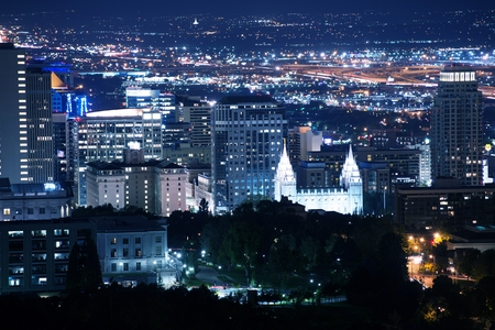 Salt Lake City Downtown at Night. Salt Lake City, Utah, United States. Summer Night. Banco de Imagens