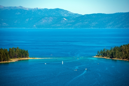 fannette: Lake Tahoe Summer Panorama and Sierra Nevada Mountains, California, USA.