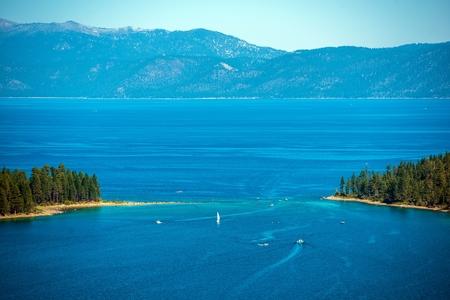 fannette: Lake Tahoe Summer Panorama and Sierra Nevada Mountains, California, USA.