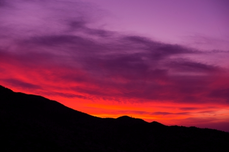 arizona sunset: Arizona Sunset. Scenic Sunset in Arizona, United States. Mountain Ridge Silhouette. Stock Photo