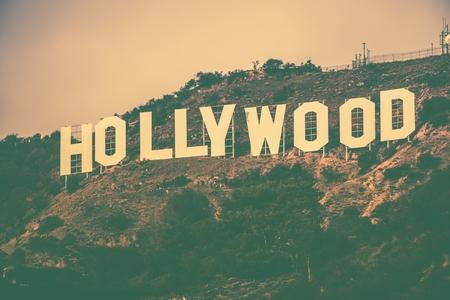 有名なハリウッドの丘でロサンゼルス メトロ エリア、カリフォルニア州、アメリカ合衆国。ビンテージ カラー ・ グレーディングのハリウッド サ
