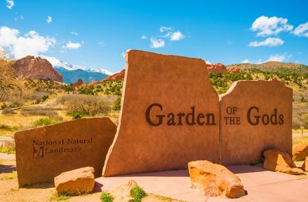 god: Garden of the Gods Park Entrance Sign in Colorado Springs, Colorado, United States.