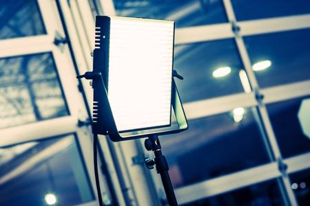 LED 패널 현대 비디오 그래피 조명 시스템. 연속 조명