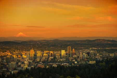 untied: Sunset Scenery in the Portland, Oregon. Portland Cityscape. Untied States. Stock Photo