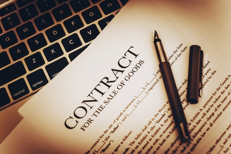 contratos: Venta de Productos Documentos. Contrato de Venta de Bienes de Cerca Fotos.