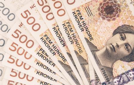 노르웨이 크로네의 더미. 노르웨이 통화 금융 배경. 스톡 콘텐츠