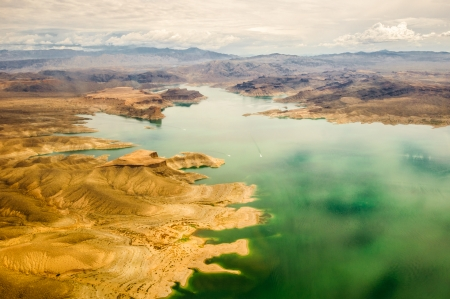 lake mead Grand Canyon in green and red colors photo